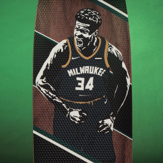 Grosbasket x JH_Boards Giannis Antetokounmpo Skateboard ''The Freak''