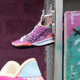 Nike Kyrie 7 ''Hendrix''