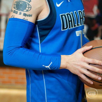 Air Jordan Compression Arm Sleeve ''Blue''